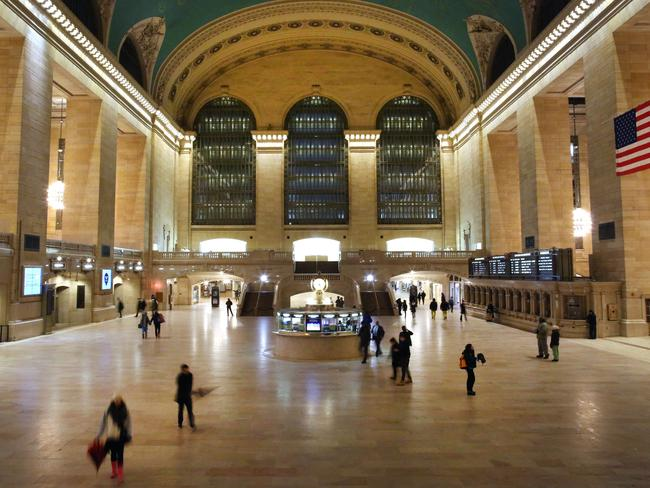 The odd commuter passed through Grand Central Terminal during the blizzard.