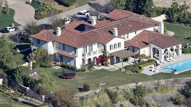 A hoard of police vehicles are called to Justin Bieber's home in Calabasas after the alleged egg-incident.