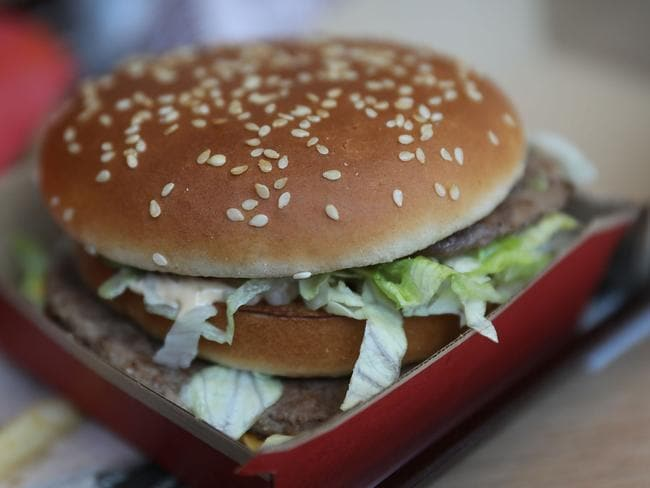 An Australian Facebook group is showing members how to make replica McDonald's menu items from home. Picture: Joe Raedle/Getty Images.