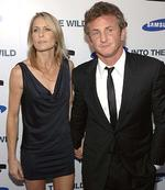 <p>Actors Sean Penn and wife Robin Wright Penn</p>