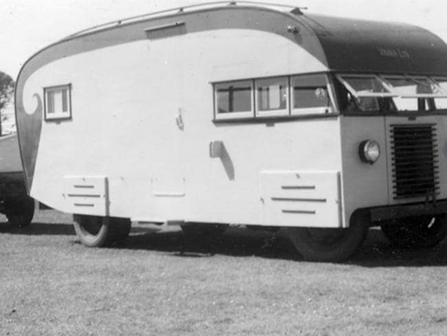 Caravan built by Stephen Short returning to Maroochydore from a fishing holiday at Caloundra, circa 1950. Picture: Visit Sunshine Coast