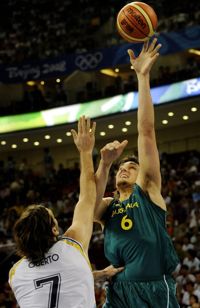 Andrew Bogut in action for the Boomers against Argentina at the 2008 Olympic Games.