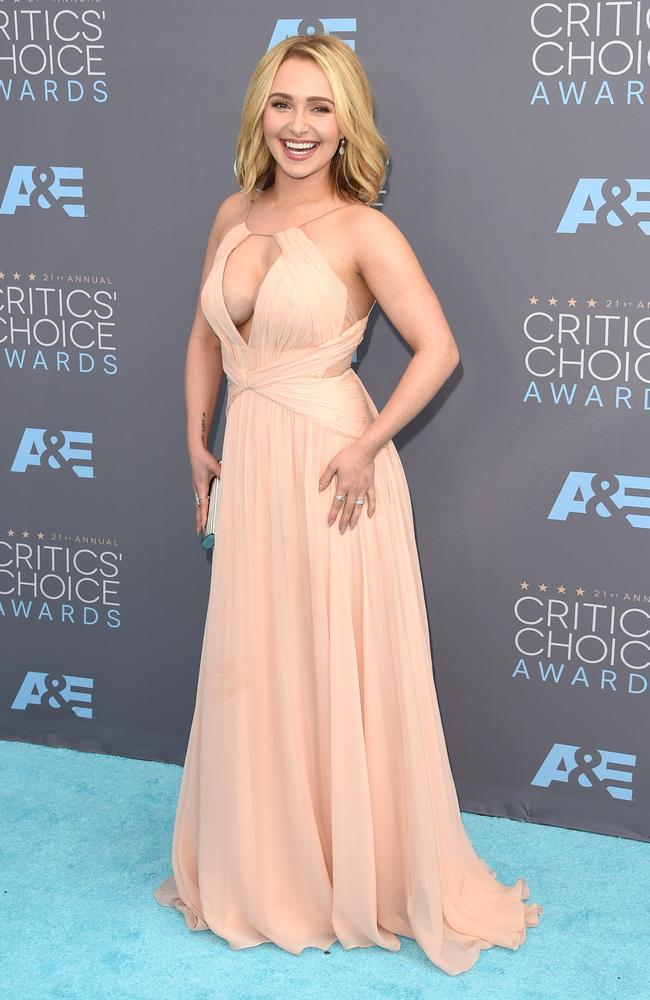 Hayden Panettiere wows at the 21st Annual Critics' Choice Awards in California.
