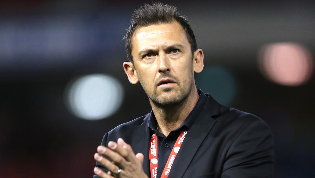 Tony Popovic coach of the Wanderers.