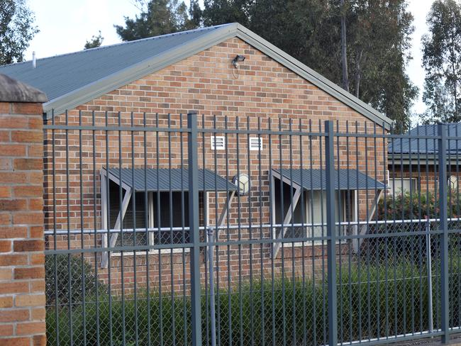 A guard from Villawood Detention Centre received death threats earlier this month.