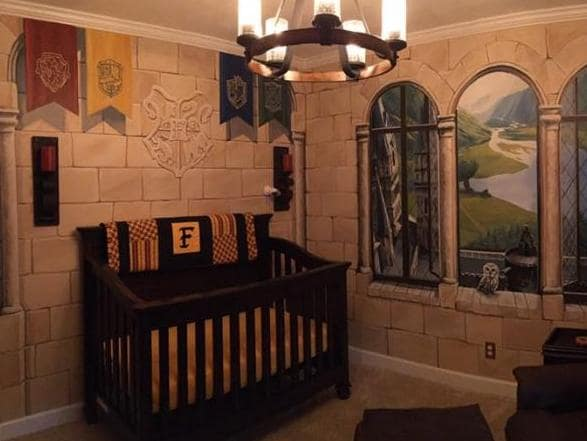 Dad creates Hogwarts nursery and it's wicked