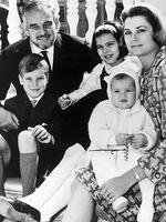 <p>Prince Rainier III and Princess Grace of Monaco with children their Albert, Caroline and Stephanie on the steps of the palace in 1966. Picture: Supplied</p>