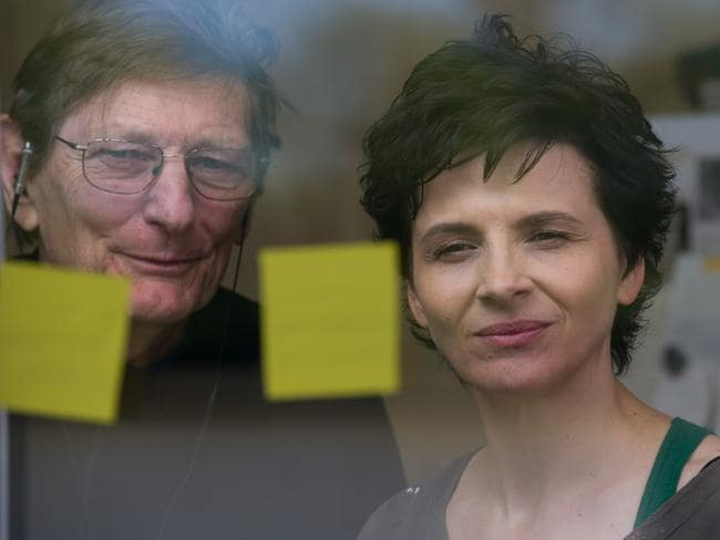 Binoche and director Fred Schepisi pictured on the set of  <i>Words and Pictures</i>.
