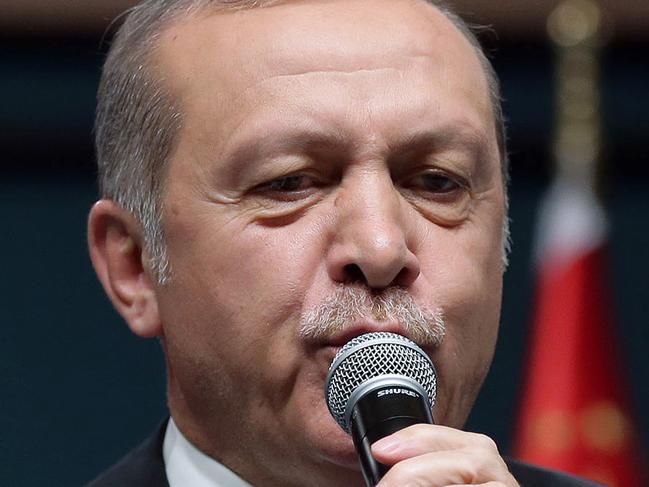 Turkey issues arrest warrants for journos