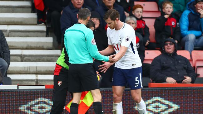 Jan Vertonghen of Tottenham Hotspur argues with a Bournemouth ball boy