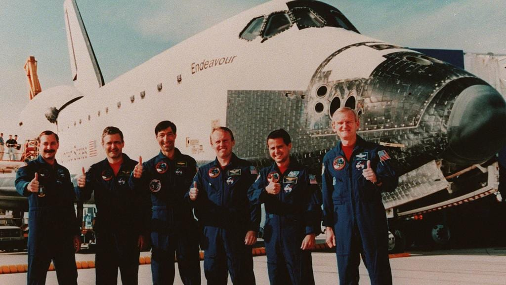 space shuttle endeavour astronauts - photo #42
