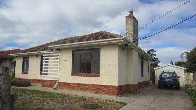 13 athlone woodville south currently advertised for 300 per week