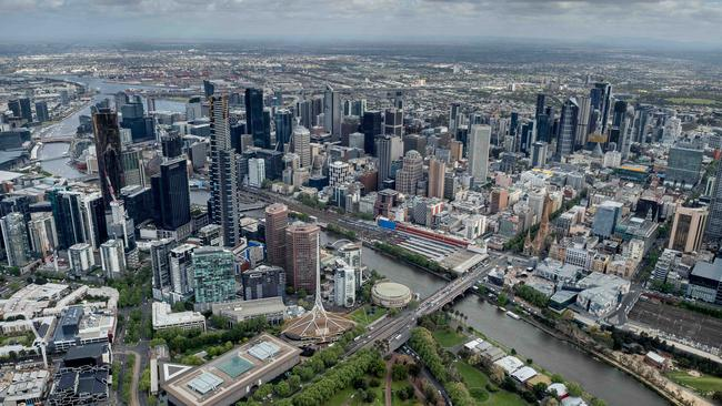 The Federal and State government can't seem decide on what infrastructure Melbourne needs. Picture: Jake Nowakowski