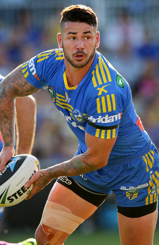 Eels hooker Nathan Peats in action.