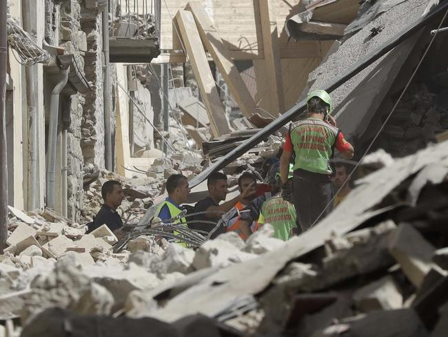 Quake death toll reaches staggering heights