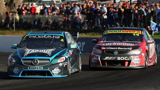 Holdsworth and Coulthard battling for the lead at Winton earlier this year.