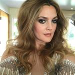 "Drew Barrymore ... ""And then it's like that #goldenglobes @debraferullomakeup @hairbyjohnd @_leeharris_"" Picture: Instagram"