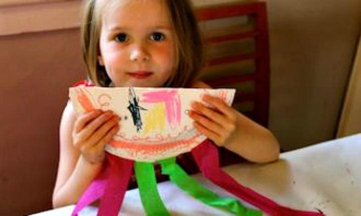 11 easy things kids can make with paper plates