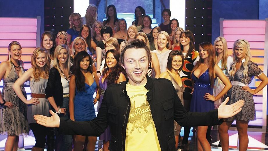 taken out dating show australia China's version of uk dating show take me out invites australian singles to apply for one of 28 places on a new series filmed in nanjing.
