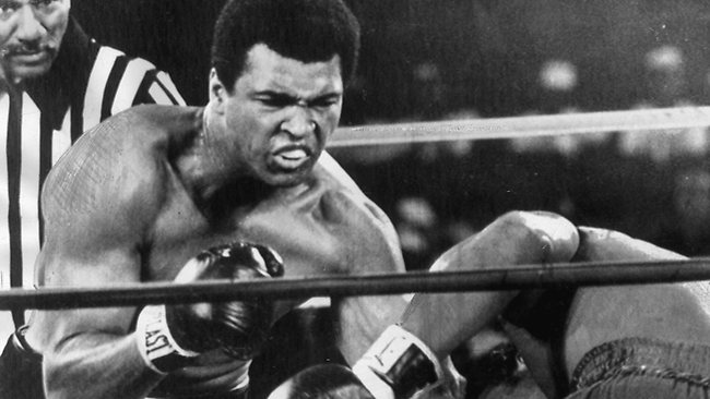 Muhammed Ali will be honoured with the title 'King of Boxing' at a ceremony in Cancun.