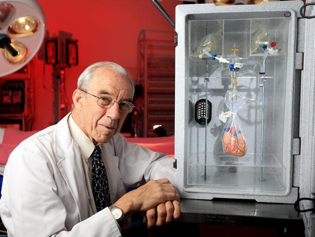Professor Frank Rosenfeldt from the Alfred Hospital with the device Picture: Alex Coppel.