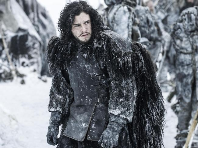 Kit Harrington says he can't reveal if his  <i>Game of Thrones </i>character Jon Snow survives season 4.