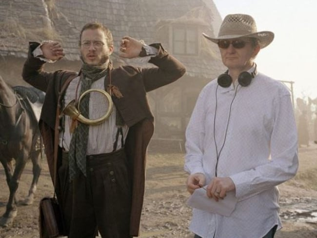 Heath Ledger and friend and dialect coach Gerry Grennell on The Imaginarium of Doctor Parnassus.