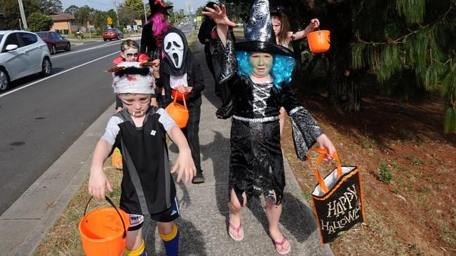"Kids hit the streets of South Penrith ""Trick or Treating"""