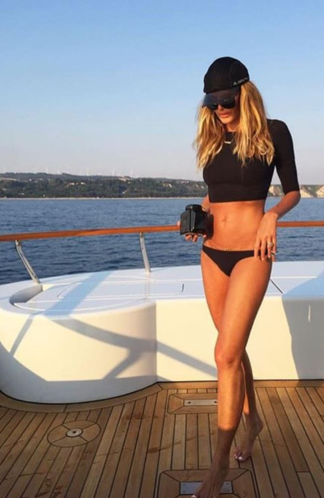 Supermodel Elle Macpherson in a bikini on a yacht age 52. Source: Facebook