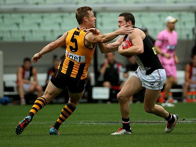 Star Hawk Sam Mitchell was subbed out of the game at quarter time with a hamstring injury. Picture: Colleen Petch.