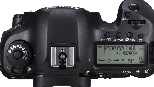 Familiar navigation ... The Canon EOS 5DS camera has a familiar layout.