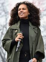 WASHINGTON, DC - JANUARY 21: Alicia Keys attends the rally at the Women's March on Washington on January 21, 2017 in Washington, DC. (Photo by Theo Wargo/Getty Images)