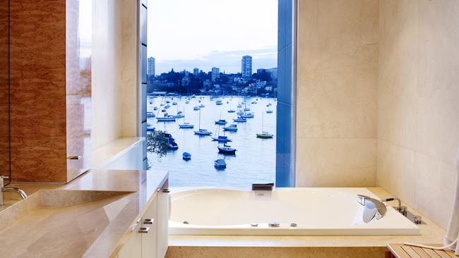 Enjoy the waterviews while you have a soak in the tub. Picture: Stayz.