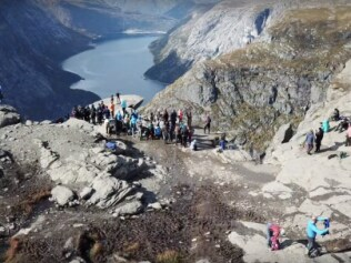 Drone footage at Trolltunga.