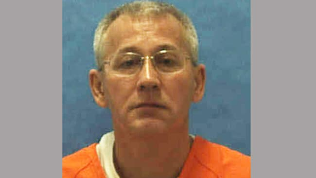 32067065 likewise Carnival Worker Killed 3 Women Executed Florida Article 1 further Photos in addition Oscar Ray Bolin Convicted Killer Of 3 Women Executed In Florida in addition Convicted Serial Killer Back For 4th Trial. on oscar bolin row