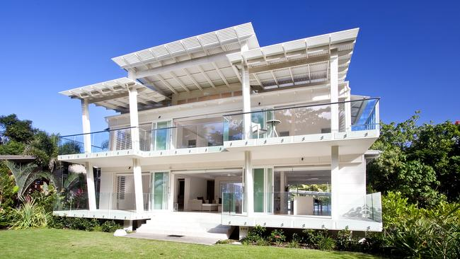 Could this be the ultimate in queensland beach houses for Beach house designs qld