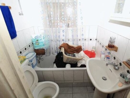 The bathroom was one of the main areas they criticised. Picture: Zoopla