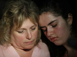 Sarah Crescitelli text her mother while the high school was in lockdown. Image: Getty.