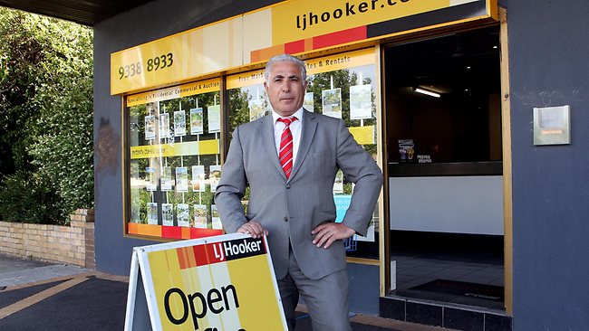 LJ Hooker Tullamarine managing director Steve Hoblos predicted houses directly under the flight path would immediately drop in value by 10 to 30 per cent. Picture: Ian Currie