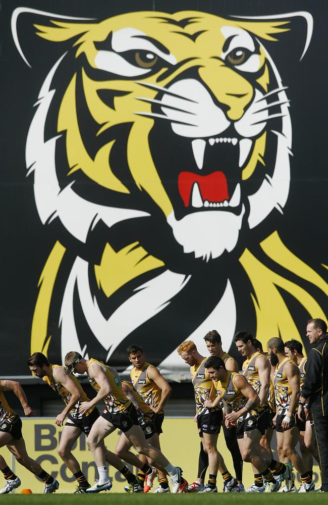 The Tigers train at punt Rd Thursday. Picture:Wayne Ludbey