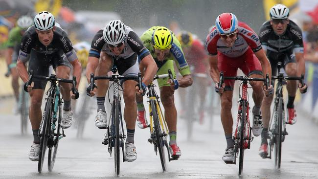Mark Renshaw (far left) falls just short in stage 19 of this year's Tour de France.
