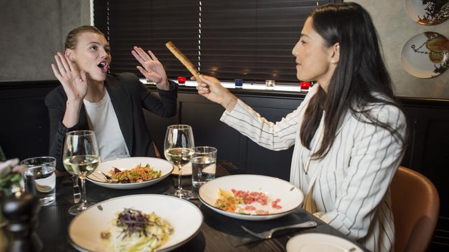 Jessica Gomes has dinner with model Montana Cox. Picture: Jason Edwards.
