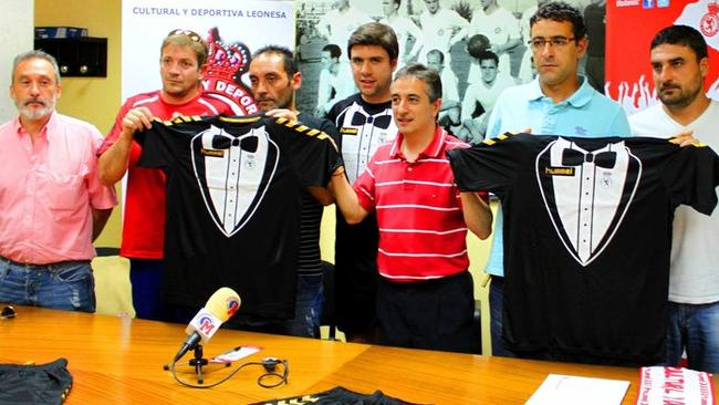 ultural y Deportiva Leonesa's new, rather formal, kit.
