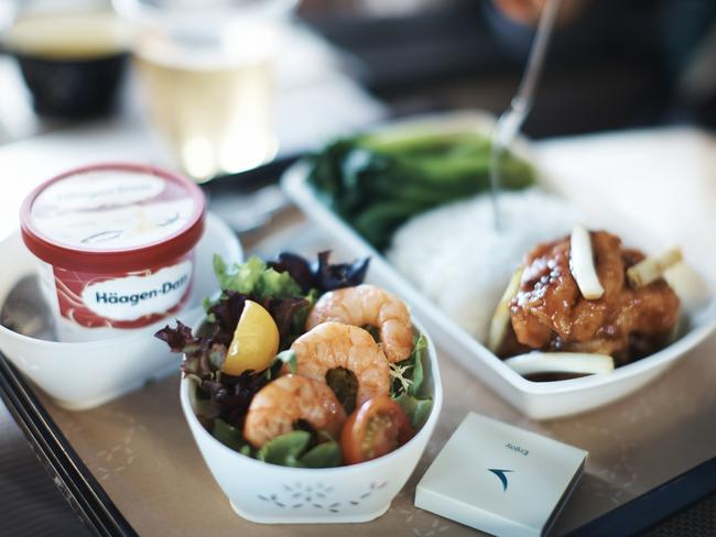 Cathay Pacific's Premium Economy class offers more than 20 specialty meals for people with dietary preferences — and best of all, the food's actually good.
