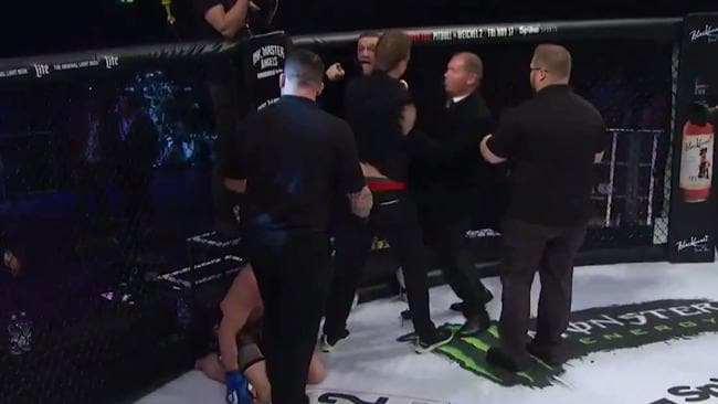 Conor McGregor shoves referee after jumping into ring at Bellator 187