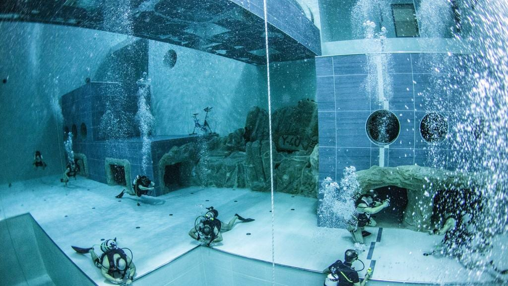 World S Deepest Swimming Pool Y 40 Near Venice Italy Reaches Depths Of 40m The Courier Mail