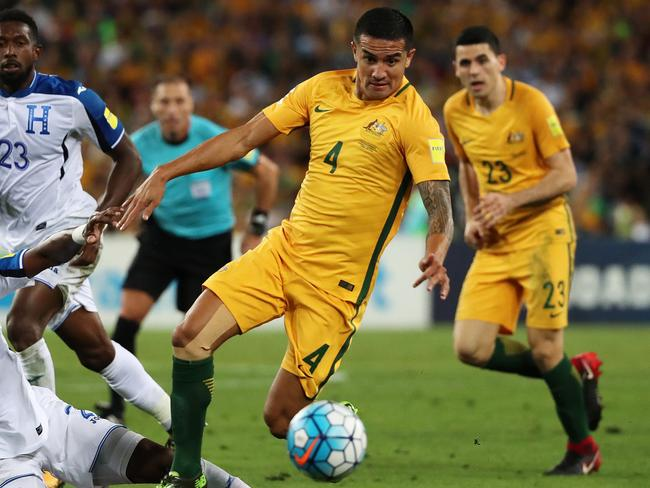 Tim Cahill can't do it all.