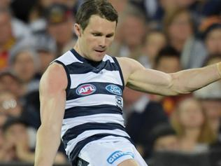 Patrick Dangerfield of the Cats makes an attempt on goal during the Adelaide Crows and Geelong Cats Men's AFL First Preliminary Final at the Adelaide Oval in Adelaide, Friday, September 22, 2017. (AAP Image/Tracey Nearmy) NO ARCHIVING, EDITORIAL USE ONLY