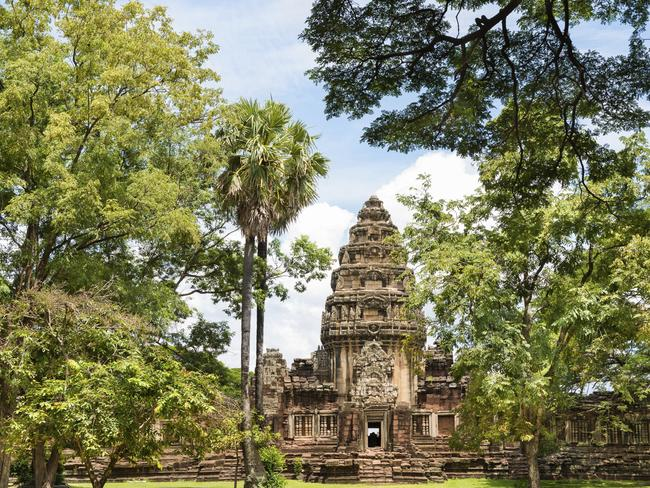 The incredible Khmer ruins of Phimai.