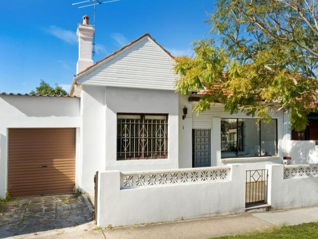 1 Dine St, Randwick sold for more than $250,000 above reserve.